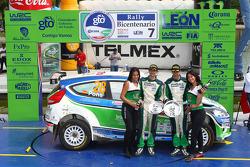 Podio: Xavier Pons y Alex Haro Bravo, Ford Fiesta S2000, Nupel Global Racing