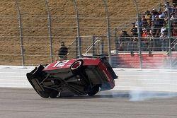 Accident de Brad Keselowski, Penske Racing Dodge