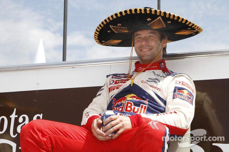 Podium: winnaar Sébastien Loeb, Citroën C4, Citroën Total World Rally Team