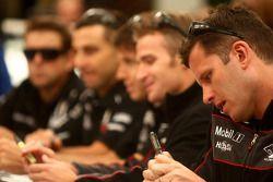 #2 Toll Holden Racing Team: Garth Tener