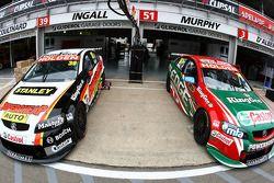 #39 Supercheap Auto Racing: Russell Ingall, #51 Castrol Edge Racing: Greg Murphy