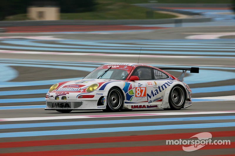 #87 IMSA Performance Matmut Porsche 997 GT3 RSR: Richard Balenras, Pascal Gibon, Christophe Bourret