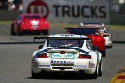 #88 Vic Air Supplies, Porsche GT3 996 RSR: Simon Middleton