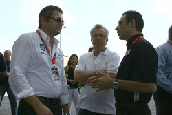 Gil de Ferran and Helio Castroneves, Team Penske