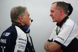 Patrick Head, WilliamsF1 Team, Directeur de l'ingénierie avec Manager général de l'unité commerciale F1 de Cosworth Mark Gallagher