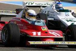Jody Scheckter, 1979 F1 Champion du Monde pilote la 1979 Ferrari 312 T4 et Keke Rosberg, 1982 F1 Champion du Monde pilote la 1982 Williams FW08