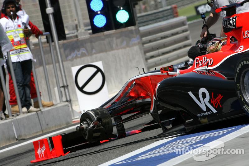 Timo Glock, Virgin Racing verliest wiel