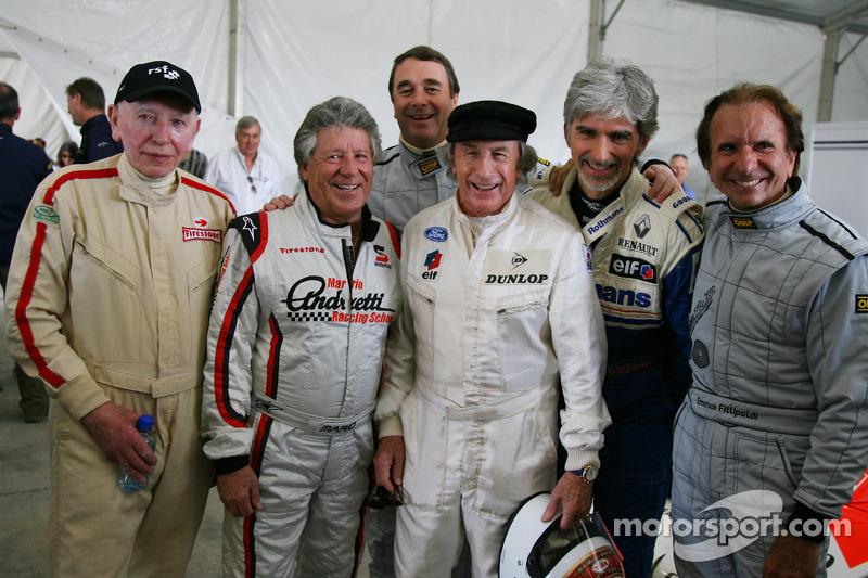 John Surtees, con Mario Andretti, Nigel Mansell, Sir Jackie Stewart, representante de RBS y Ex F1 campeón del mundo, Damon Hill y Emerson Fittipaldi