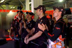 Team Vodafone garage