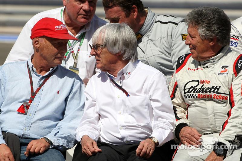Niki Lauda, 1975, 1977 y 1984 F1 World Champion, Bernie Ecclestone, Mario Andretti, 1978 F1 World Ch