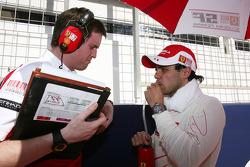Ingeniero jefe de Rob Smedly, Scuderia Ferrari, Felipe Massa