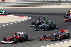 Felipe Massa, Scuderia Ferrari lidera a Lewis Hamilton, McLaren Mercedes, Nico Rosberg, Mercedes GP,