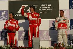 Podio: carrera ganador Fernando Alonso, Scuderia Ferrari, con segundo lugar Felipe Massa, Scuderia F