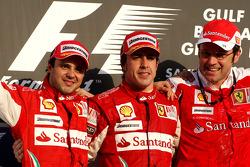 Podio: ganador de la carrera Fernando Alonso, Scuderia Ferrari, con segundo lugar Felipe Massa, Scud
