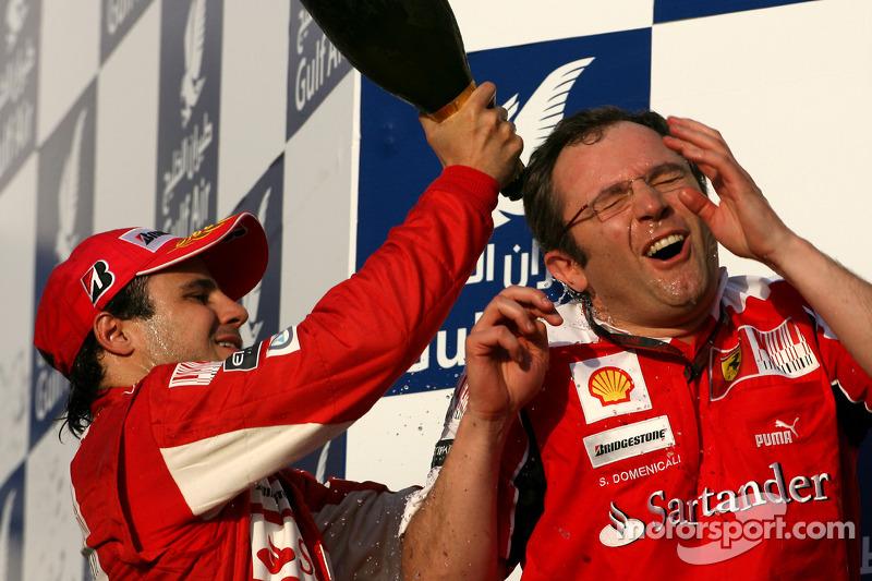 Podio: Felipe Massa, Scuderia Ferrari y Stefano Domenicali, Director de deportes de Scuderia Ferrari