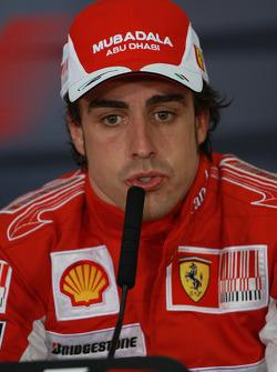 Conferencia de prensa: ganador de la carrera Fernando Alonso, Scuderia Ferrari