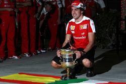 Fernando Alonso, Scuderia Ferrari, celebrates his victory