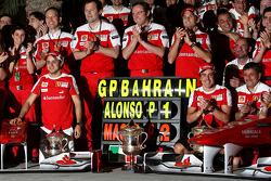 Celebración del equipo Scuderia Ferrari, Felipe Massa, General de Ferrari de Scuderia Ferrari Stefan