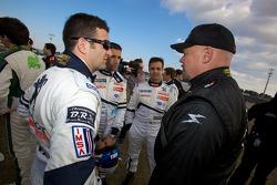 Photo de groupe des pilotes : Nicolas Minassian, Marc Gene, Pedro Lamy et Paul Gentilozzi