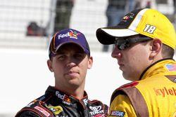 Kyle Busch, Joe Gibbs Racing Toyota en Denny Hamlin, Joe Gibbs Racing Toyota