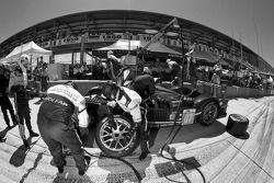 Pitstop #07 Team Peugeot Total Peugeot 908 HDI FAP: Marc Gene, Alexander Wurz, Anthony Davidson