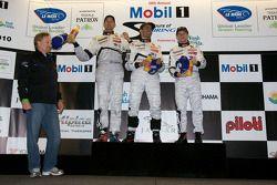 Podium: race winnaars Marc Gene, Alexander Wurz en Anthony Davidson