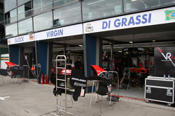 Préparation de la course, garage Virgin Racing