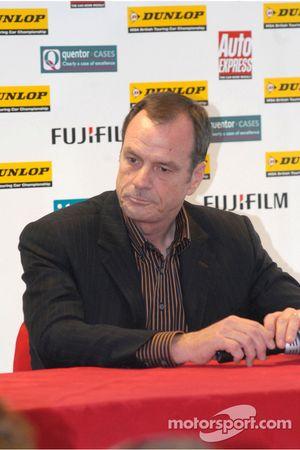 Alan Glow, président de la série