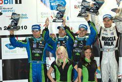 P2 podium: 2de David Brabham, Simon Pagenaud en Marino Franchitti