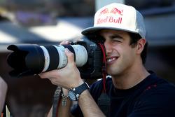 Daniel Ricciardo Test Driver, Red Bull Racing takes a photo