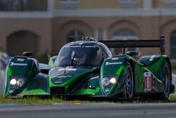 Spin voor #8 Drayson Racing Lola B09 60 Judd: Paul Drayson, Jonny Cocker, Emanuele Pirro