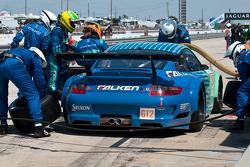Pitstop #17 Team Falken Tire Porsche 911 GT3 RSR: Bryan Sellers, Wolf Henzler, Patrick Pilet