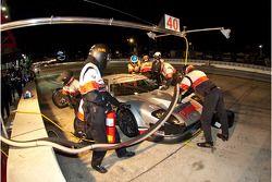 Pitstop #40 Robertson Racing Doran Design Ford GT: David Robertson, Andrea Robertson, David Murry