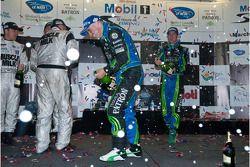 P2 podium: champagne celebration
