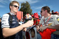 Nico Hulkenberg, Williams F1 Team, signe des autographes