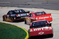 Sam Hornish Jr., Penske Racing Dodge, Juan Pablo Montoya, Earnhardt Ganassi Racing Chevrolet, Clint