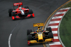 Robert Kubica, Renault F1 Team, Lucas di Grassi, Virgin Racing