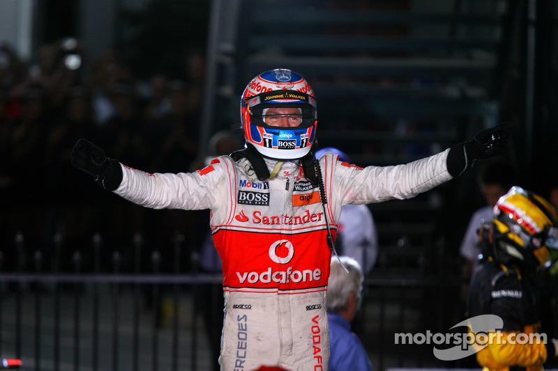 28 Mart 2010: Button kazanıyor