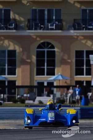 #88 Eurosport Racing Elan DP02: Dan Weylen