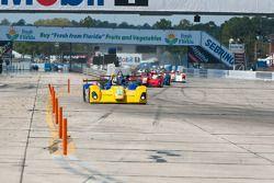 #21 Inspire Motorsports Elan DP02: Charlie Shears, #4 Eurosport Racing Elan DP02: Antonio Downs, #13