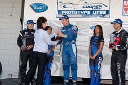 #21 Inspire Motorsports Elan DP02: Charlie Shears, #11 Primetime Race Group Elan DP02: Johnny Merigg