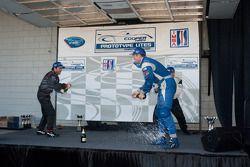#21 Inspire Motorsports Elan DP02: Charlie Shears #4 Eurosport Racing Elan DP02: Antonio Downs, #13