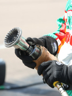 Andretti Autosport team member ready for a pit stop