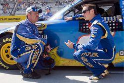 Kurt Busch, Penske Racing Dodge et son chef d'équipe Steve Addington