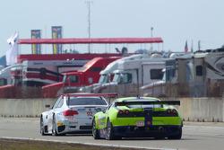 #92 BMW Rahal Letterman Racing Team BMW E92 M3: Bill Auberlen, Tom Milner, Dirk Werner, #61 Risi Com