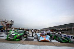 12 Hours of Sebring cars group photo: the making of