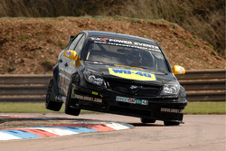 Flying Fabrizio Giovanardi Triple Eight Racing Vauxhall Vectra