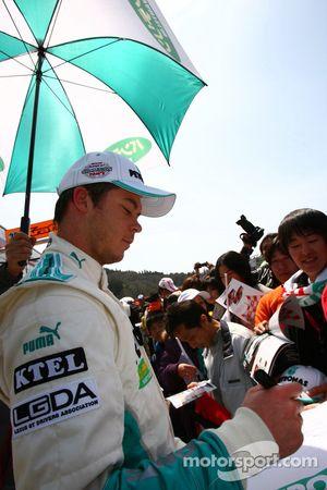 #1 Petronas Tom SC430: Andre Lotterer