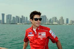 Nicky Hayden, Ducati Marlboro Team visita Qatar