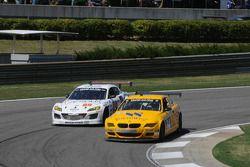 #94 Turner Motorsports BMW M6: Bill Auberlen, Paul Dalla Lana et #68 SpeedSource Mazda RX-8: Adam Christodoulou, John Edwards